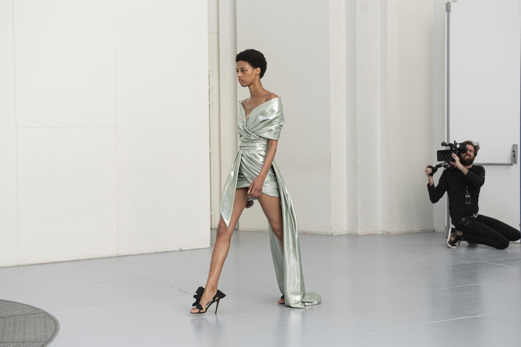 Alexandre-Vauthier-Haute-couture-Automne-Hiver-2019-20-12