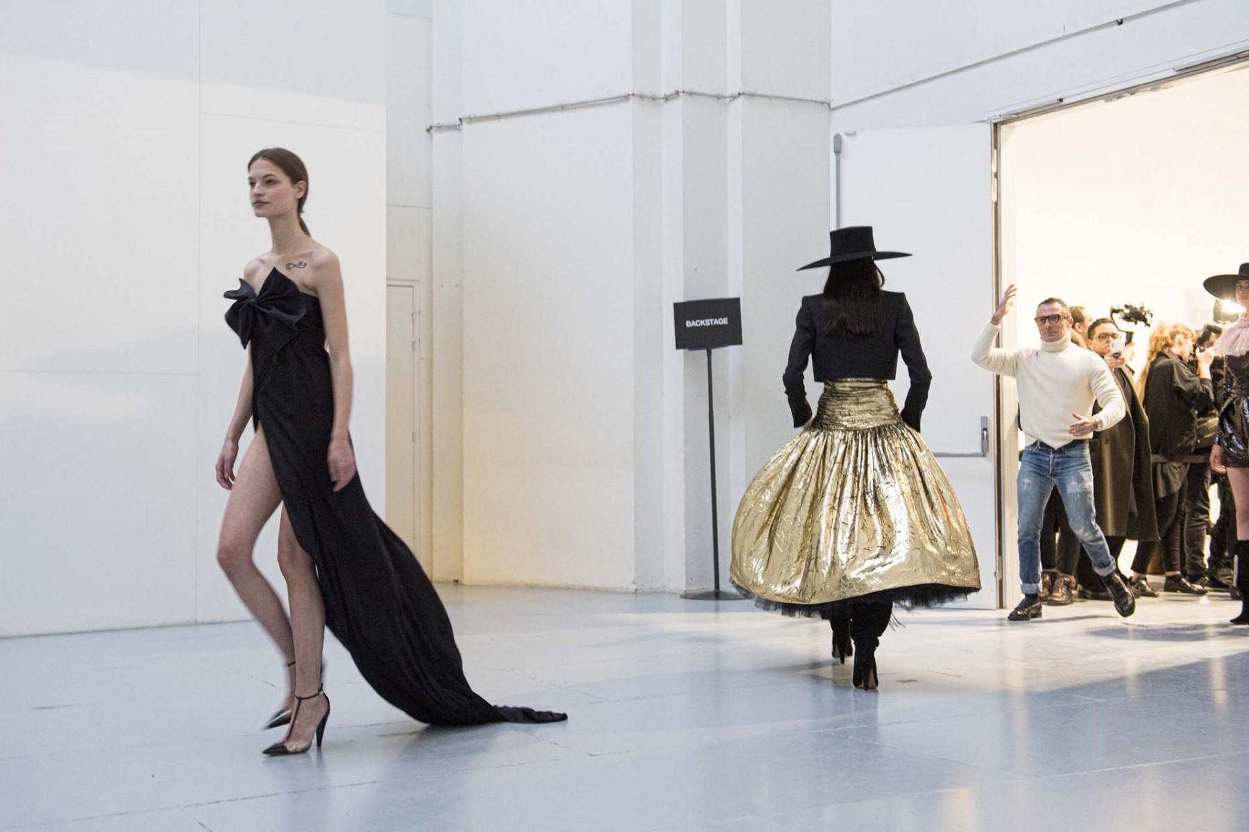 Alexandre-Vauthier-Printemps-Eté-2020-Haute-couture-Paris-14