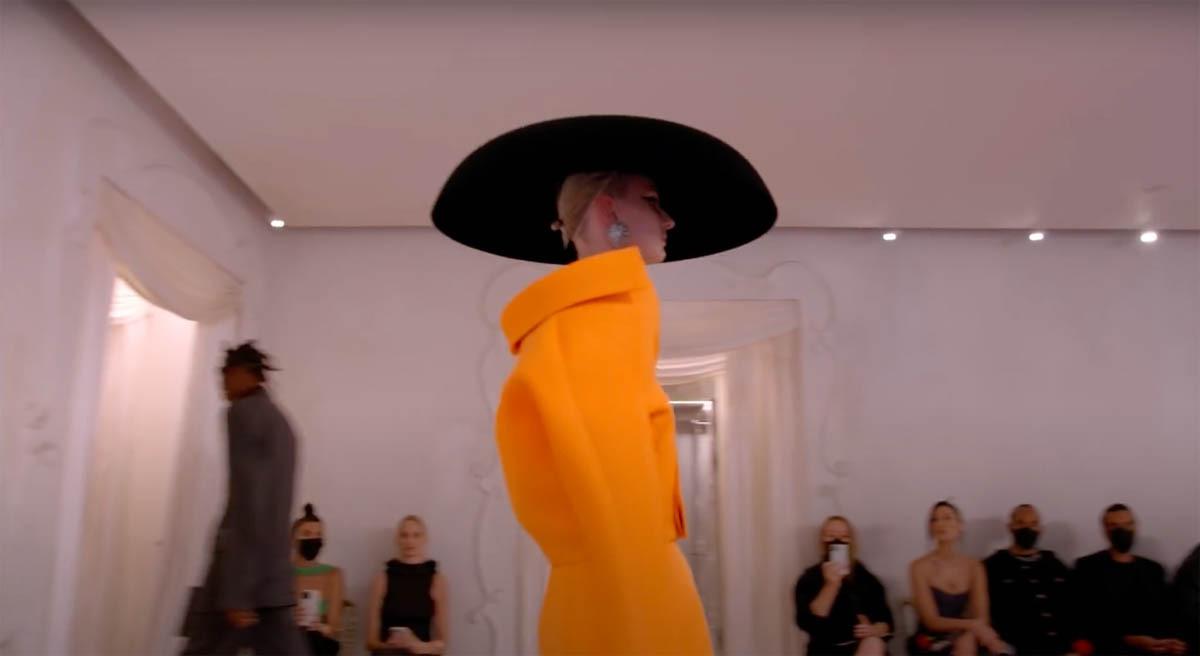 Balenciaga-Haute-Couture-FW2021-22-Automne-Hiver-13