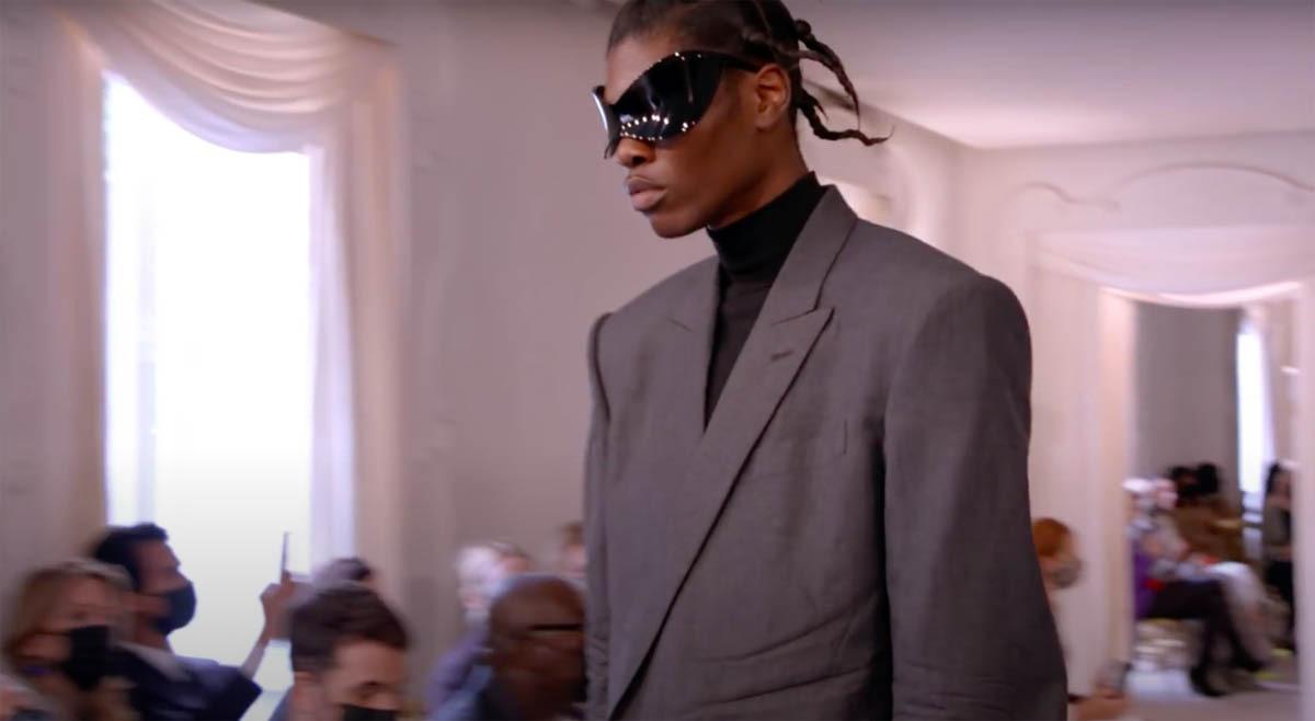 Balenciaga-Haute-Couture-FW2021-22-Automne-Hiver-14