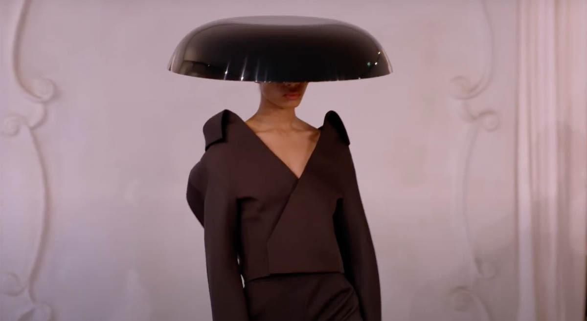 Balenciaga-Haute-Couture-FW2021-22-Automne-Hiver-15