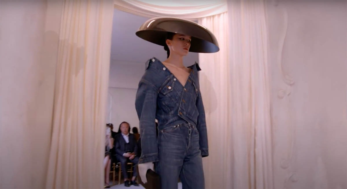 Balenciaga-Haute-Couture-FW2021-22-Automne-Hiver-16