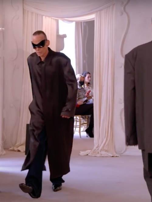 Balenciaga-Haute-Couture-FW2021-22-Automne-Hiver-19