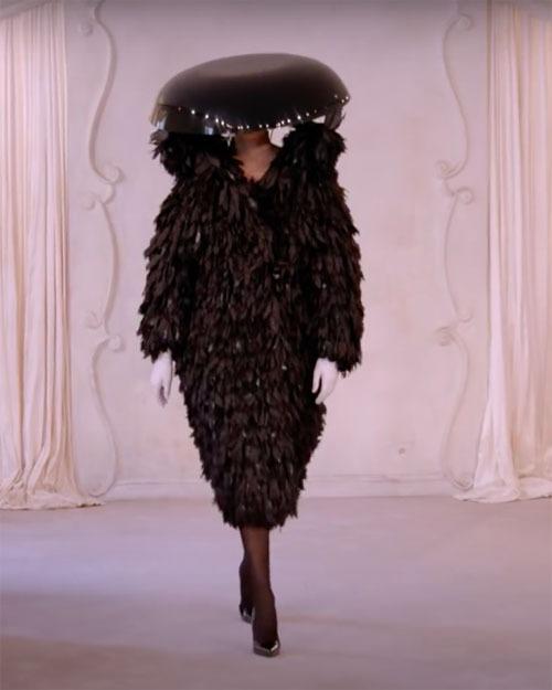 Balenciaga-Haute-Couture-FW2021-22-Automne-Hiver-23