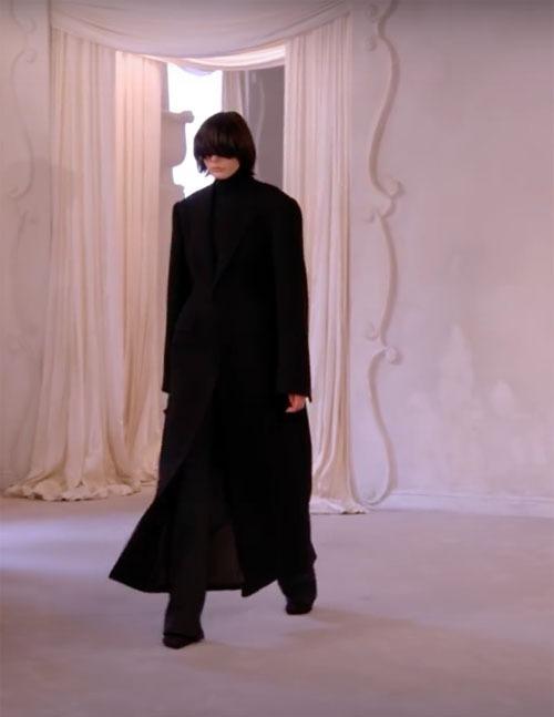 Balenciaga-Haute-Couture-FW2021-22-Automne-Hiver-3