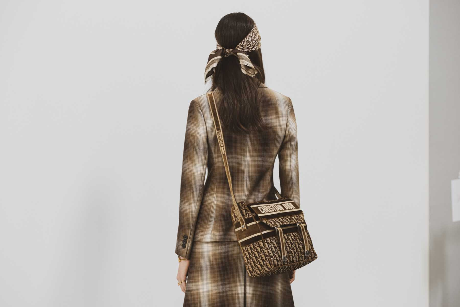 Dior-Femme-Hiver-2020-21-8