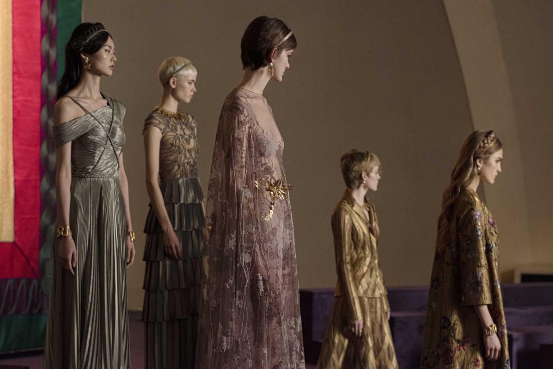 Dior-Printemps-Ete-2020-Haute-Couture-2