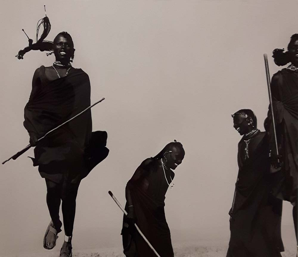 11_maasaiwomenceremonialdanceafrica1993