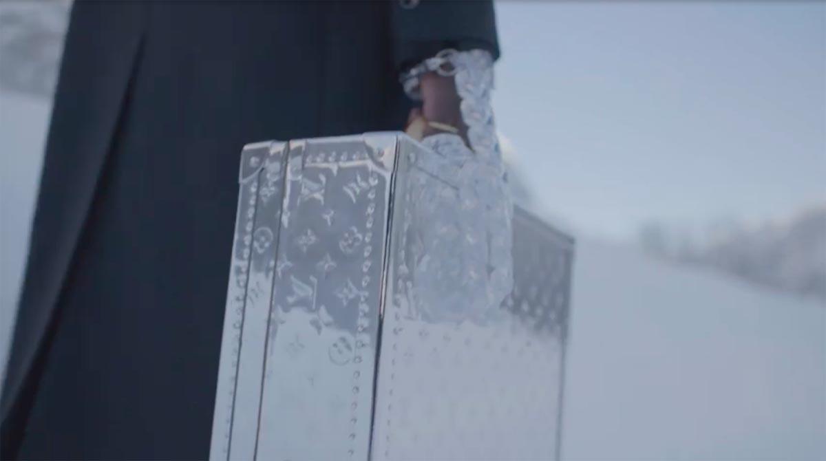 Louis-Vuitton-Automne-Hiver-2021-22-2