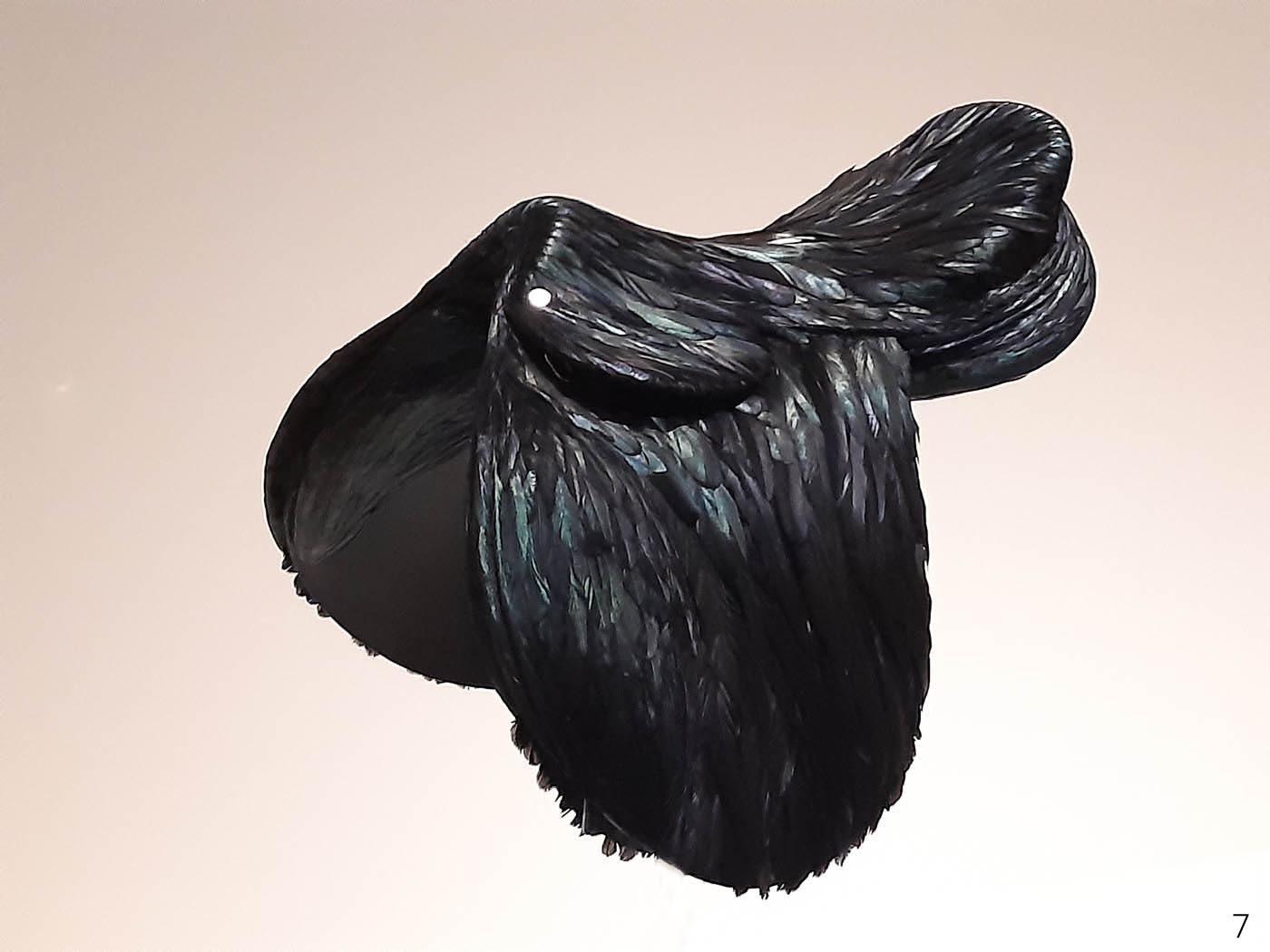 LUXES-_-MAD-28Selle-Antoine-Platteau-pour-Hermès-2014-Plumes-de-coq