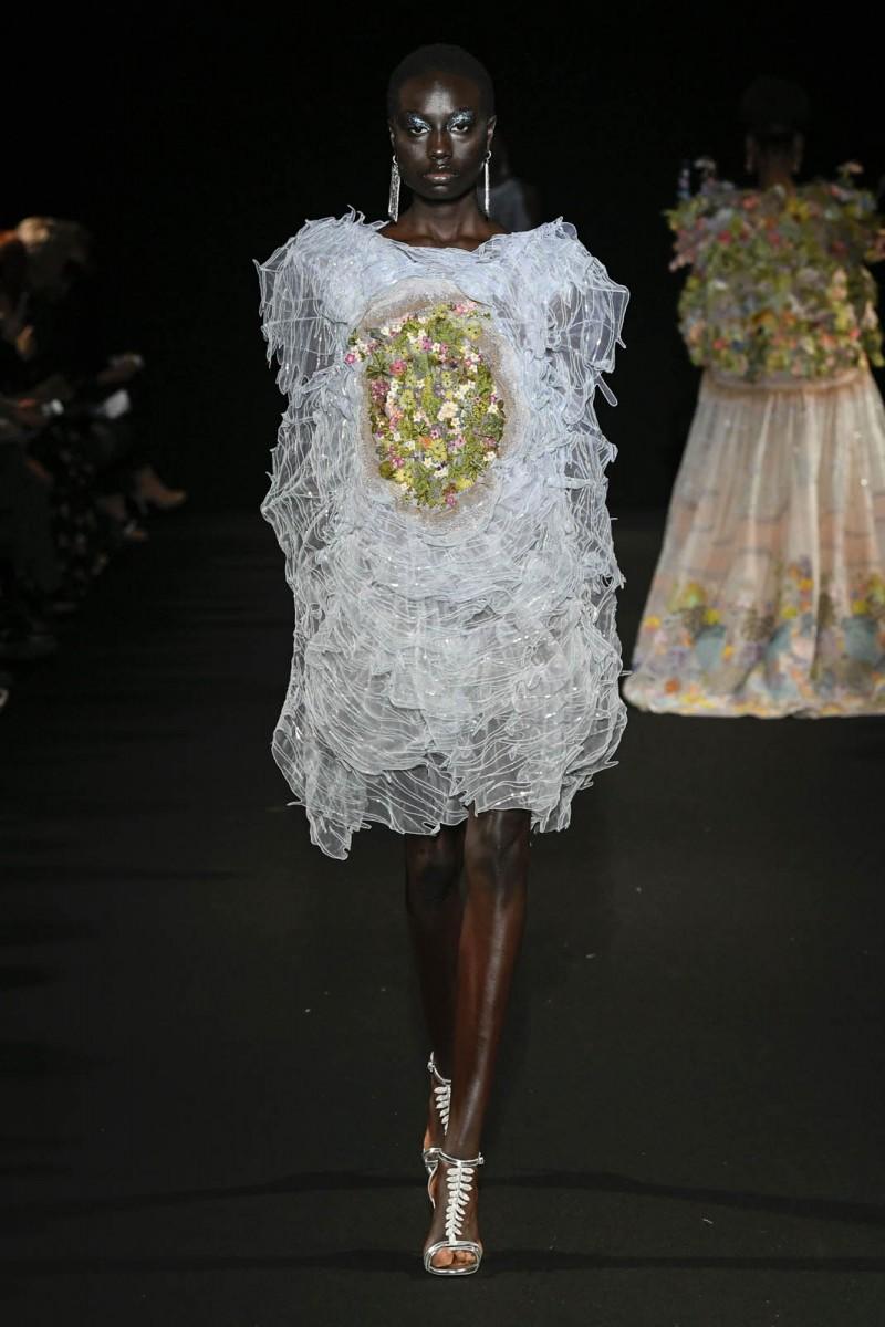 Rahul-Mishra-Printemps-Eté-2020-Paris-haute-couture-2-3