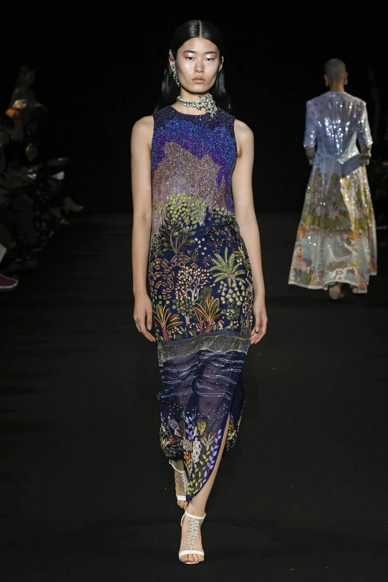 Rahul-Mishra-Printemps-Eté-2020-Paris-haute-couture-2-5
