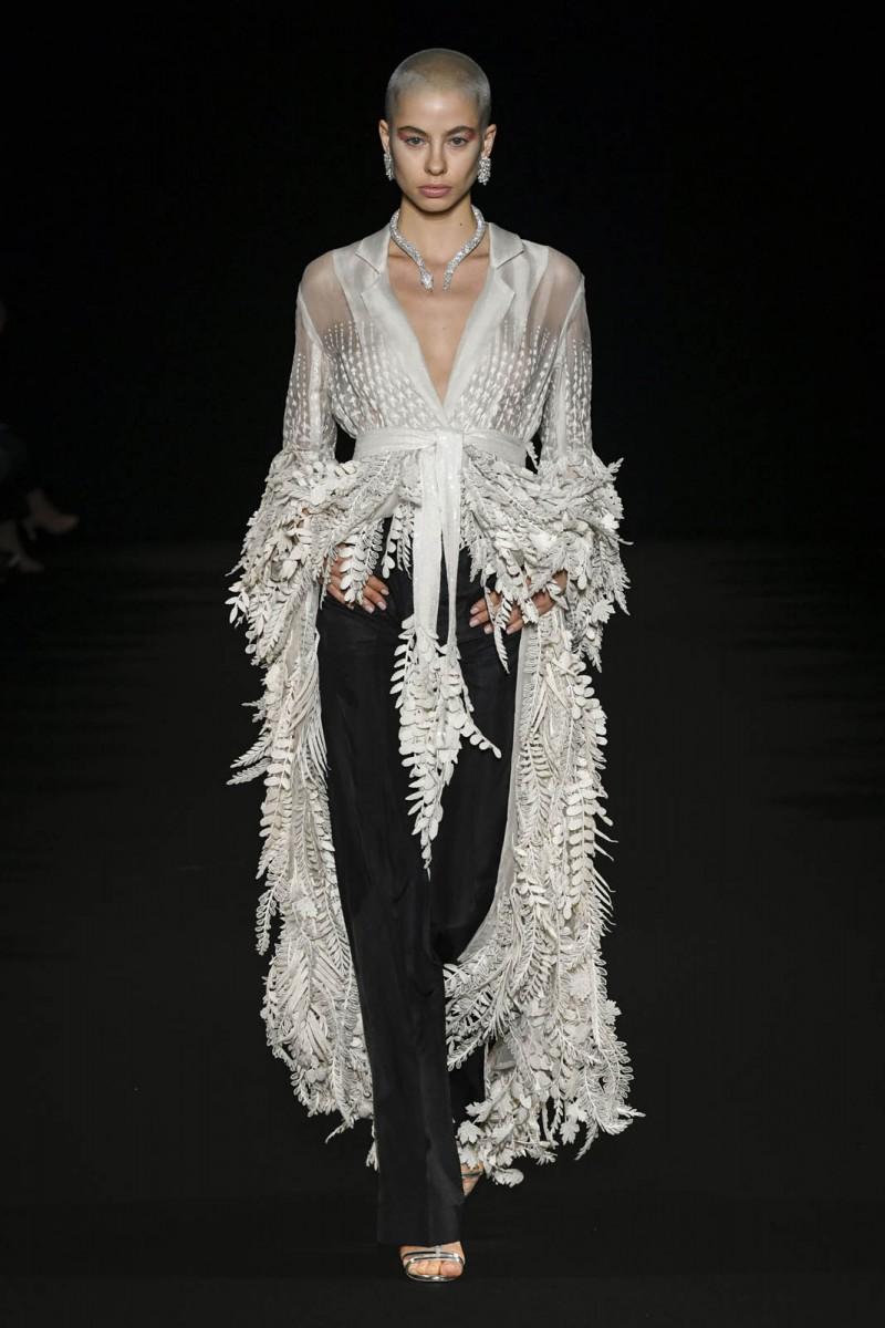 Rahul-Mishra-Printemps-Eté-2020-Paris-haute-couture-2-8