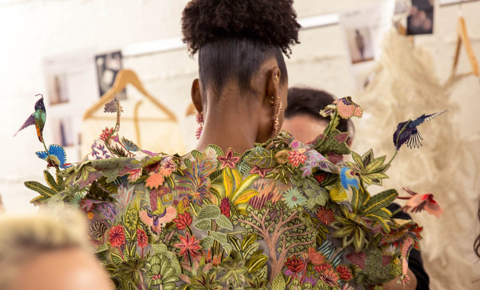 Rahul-Mishra-Printemps-Eté-2020-Paris-haute-couture-2