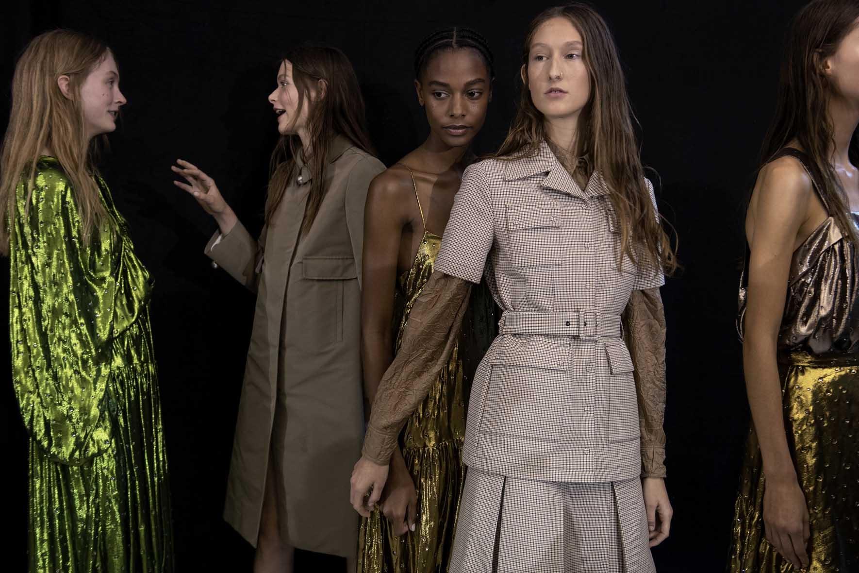 Rochas-Printemps-Eté-2020-la-couture3