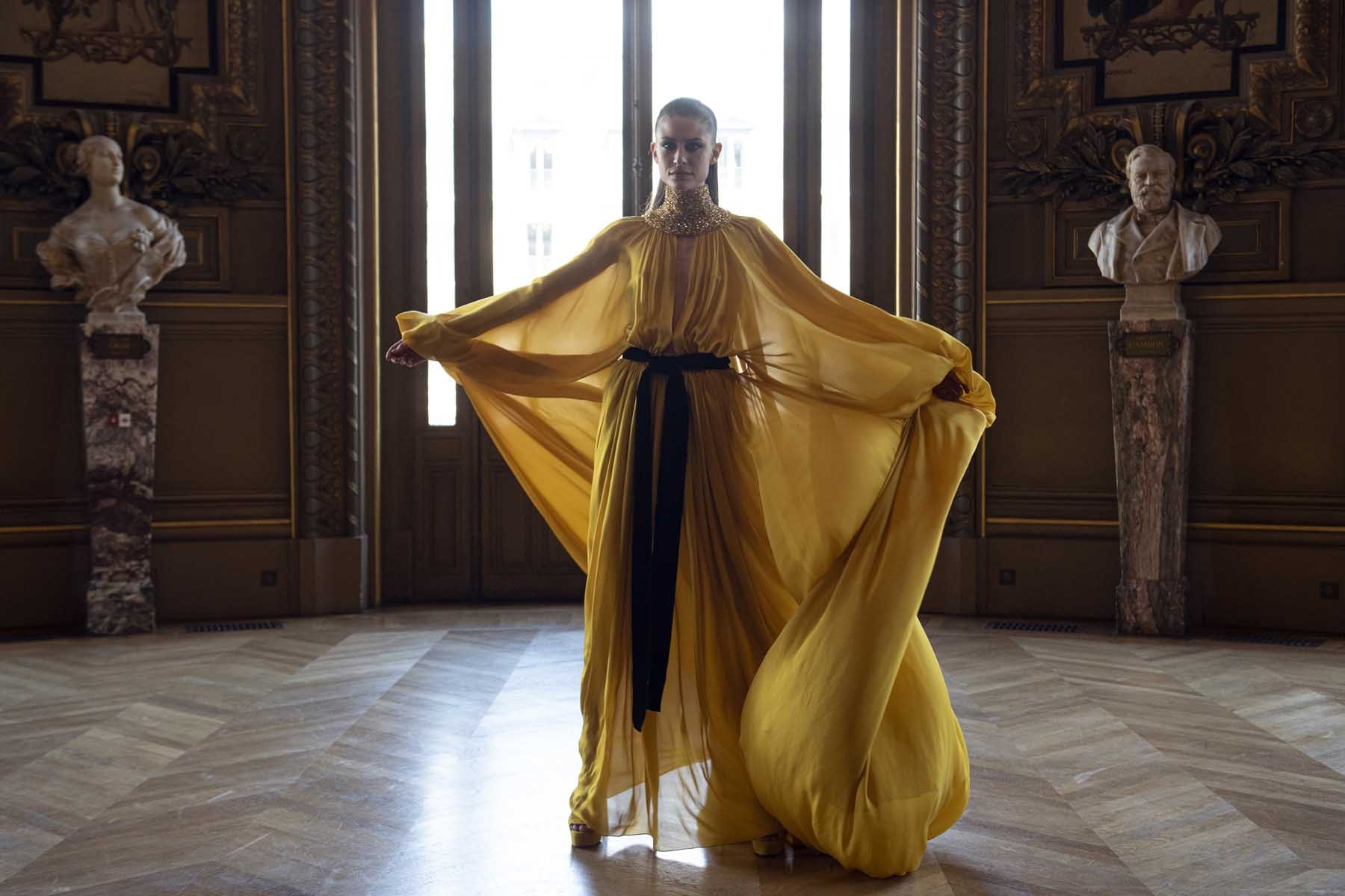 Haute-Couture-Automne-Hiver-2019-20-Stephane-Rolland-3