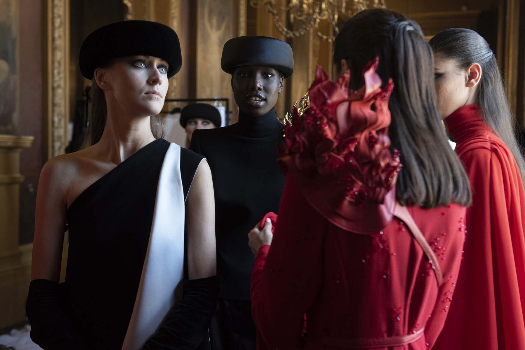 Haute-Couture-Automne-Hiver-2019-20-Stephane-Rolland-7
