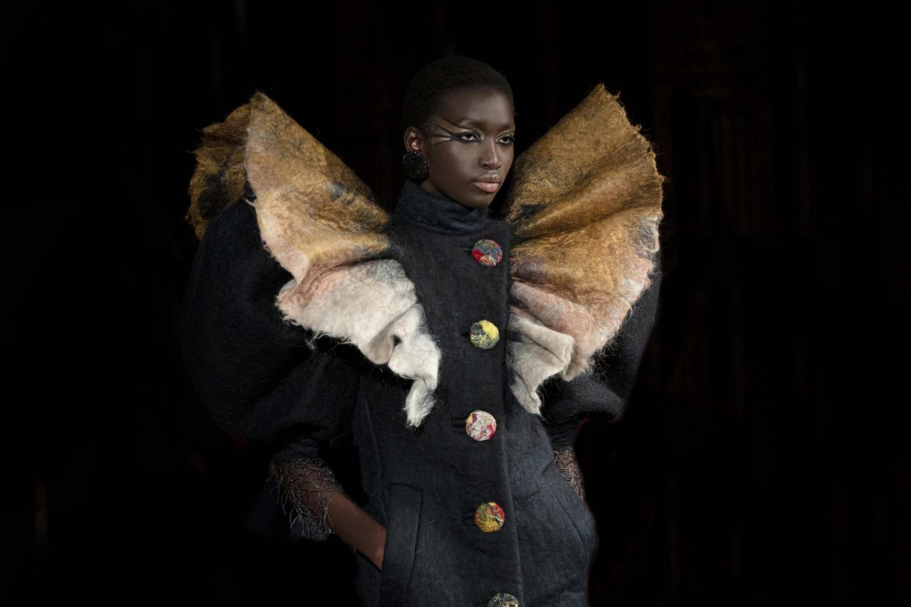 Viktor-Rolf-Haute-couture-Paris-2019-10