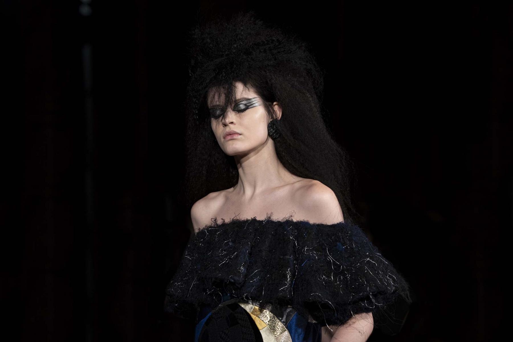 Viktor-Rolf-Haute-couture-Paris-2019-12