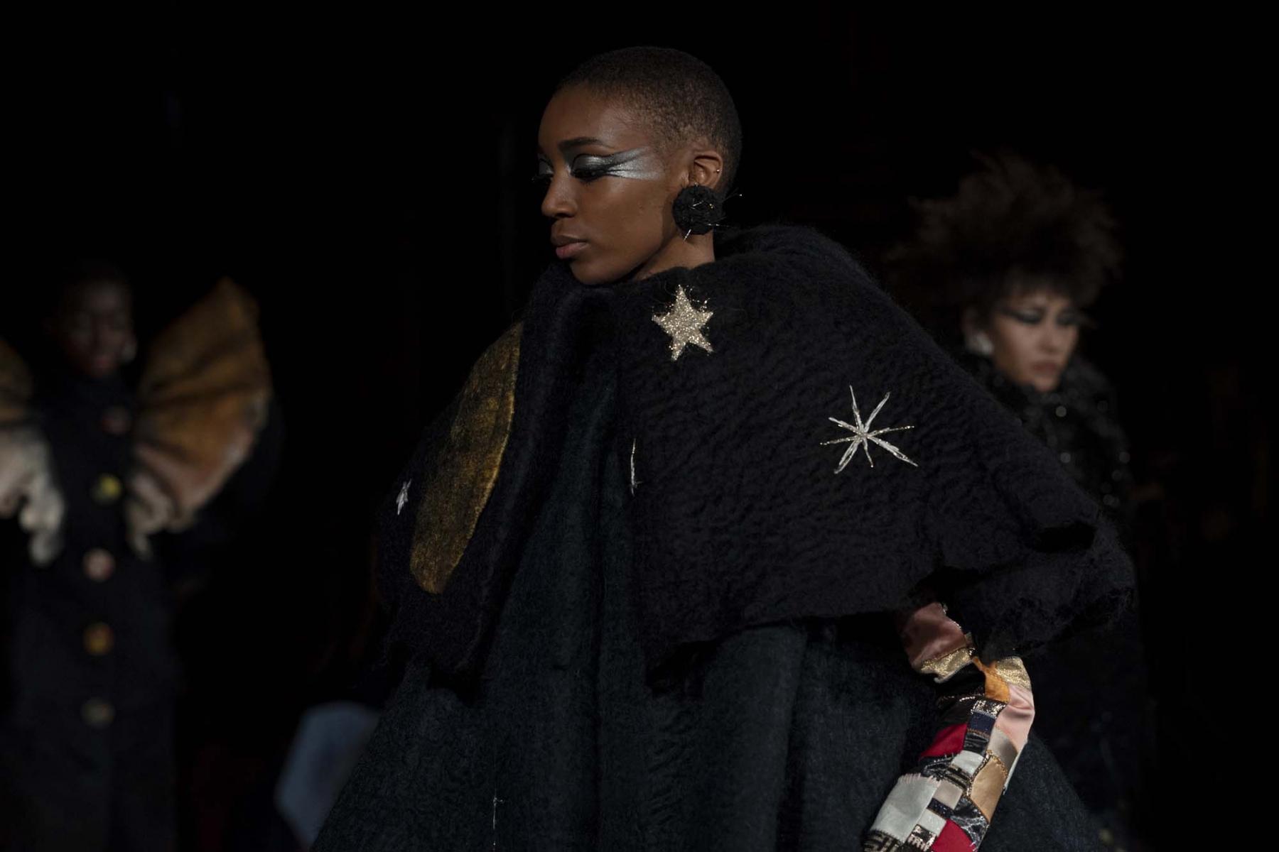 Viktor-Rolf-Haute-couture-Paris-2019-15
