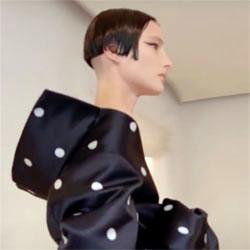 Balenciaga Haute couture FW 2021-22